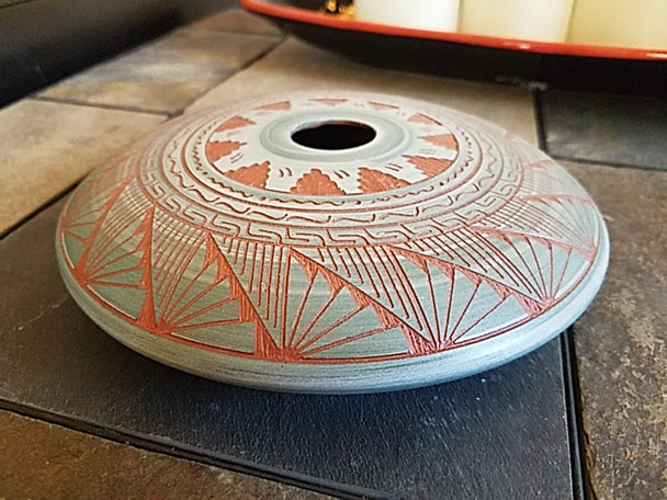 Native American Navajo Hand Etched Saucer Pot