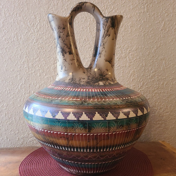 Large Navajo Horse Hair Color Band Wedding Vase