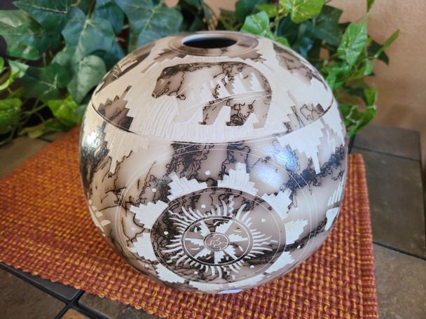 Horse Hair Vase -4 Four Corners