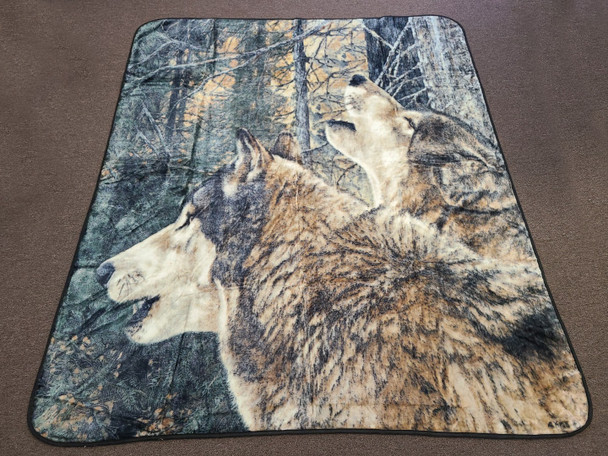 "Plush Native Queen Blanket 79""x94"" -Wolf Call"