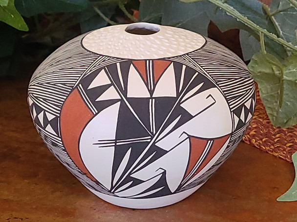 Acoma Hand Painted Seed Pot