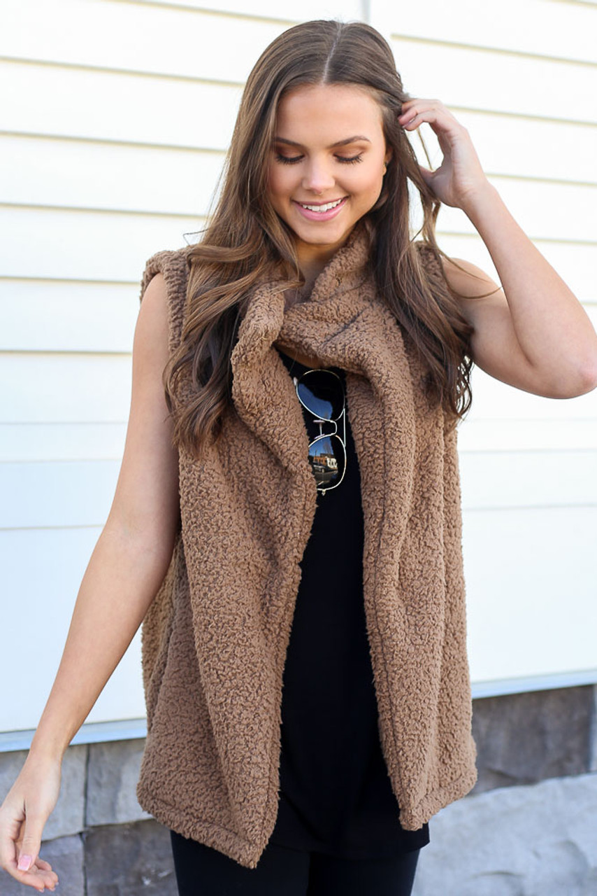 Dress Up model wearing the Sherpa Vest in Mocha