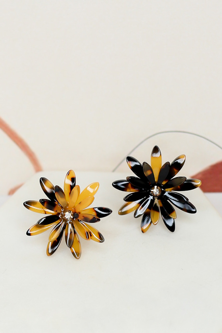 Genevieve Tortoise Flower Stud Earrings