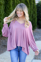 Jersey Knit Balloon Sleeve Top in Mauve with skinny jeans