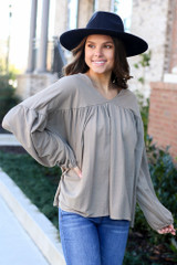 Dress Up model wearing the Balloon Sleeve Babydoll Top in Taupe
