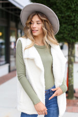Dress Up model wearing the Sherpa Vest in Ivory