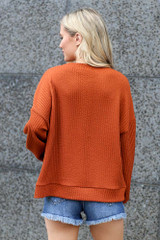 back view rust ribbed knit pullover