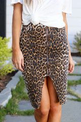 Leopard - Model wearing the Leopard Zipper Front Denim Pencil Skirt  with black bodysuit Close Up View