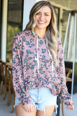 Dress Up Model wearing the Leopard Ruffle Trim Hoodie in Mauve with denim shorts