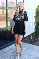 oversized graphic t-shirt