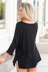 back view cute v-neck t-shirt in black