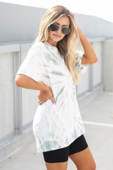 Tie-Dye Boyfriend Tee in Mint Side View