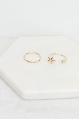 Close Up of the Star Ring Set