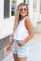 Sleeveless Front Pocket Cropped Tee Side View