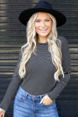 Black/White - Dress Up model wearing a Ribbed Knit Top with a wide brim hat