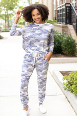 Dress Up model wearing Camo Joggers with the matching top