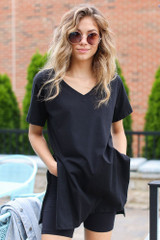 Black - Oversized Split Hem Tee