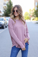 Mauve - Dress Up model wearing a Basic Oversized Tee with skinny jeans