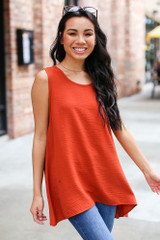 Rust - Dress Up model wearing a Textured Tank with skinny jeans