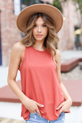 Marsala - Model wearing a Basic Tank with a wide brim hat