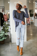 Light Wash - Distressed Mom Jeans from Dress Up