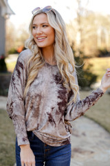 Oversized Tie-Dye Top in Mocha
