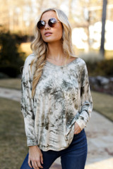 Oversized Tie-Dye Top in Olive