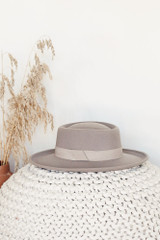 Wide Brim Hat in Grey from Dress Up