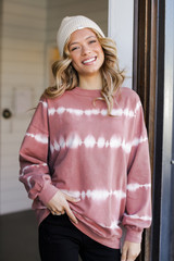 Blush - Model wearing an Oversized Tie-Dye Pullover with a beanie
