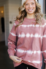 Blush - Dress Up model wearing an Oversized Tie-Dye Pullover with a beanie