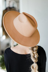 Camel - Wide Brim Fedora Hat from Dress Up