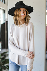 Taupe - Model wearing a Light Knit Pullover with jeans