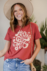 Dress Up model wearing the Here Comes the Sun Graphic Tee