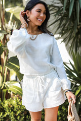 Dress Up model wearing Linen Shorts with the matching top