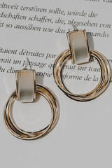 Gold - Statement Earring from Dress Up