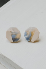 Natural - Acrylic Stud Earrings from Dress Up
