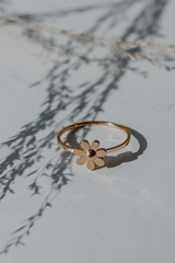Gold - Flower Ring from Dress Up
