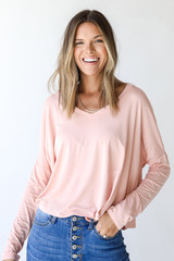 Blush - Model wearing an Everyday Tee with dark wash jeans