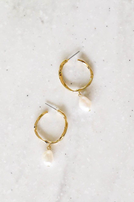 Gold - Hammered Pearl Hoop Earrings Flat Lay