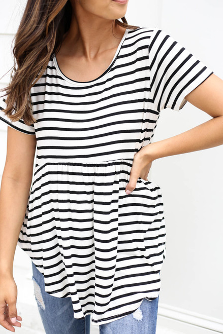 Model wearing Ivory Short Sleeve Striped Tee Detail View
