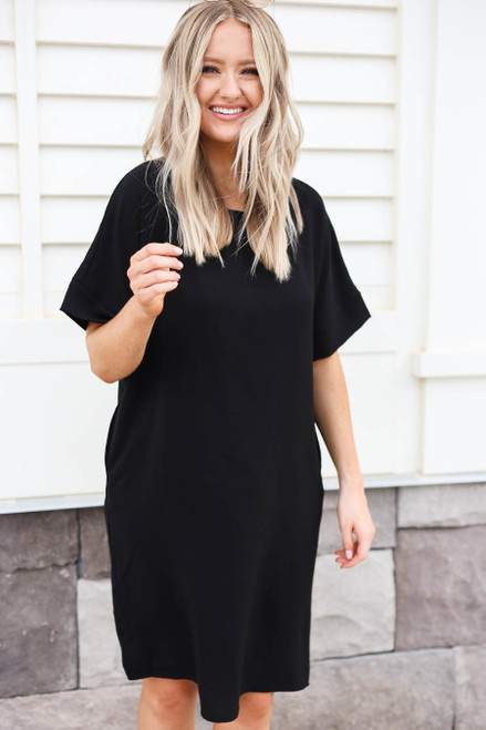 Black - Knee Length Shift Dress