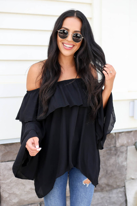 Black - Off the Shoulder Ruffled Sleeve Tiered Top
