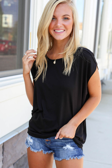 Black - Scoop Neck Top