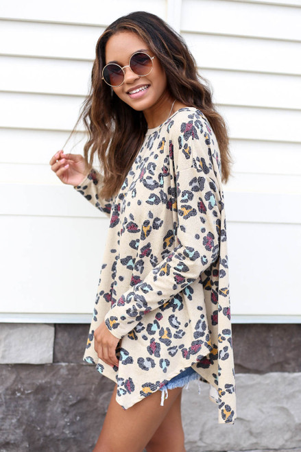 Model wearing Taupe Oversized Leopard Print Top Side View