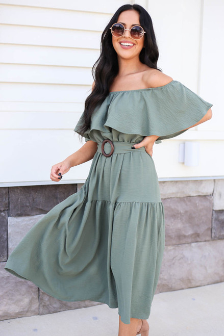Model wearing Green Off the Shoulder Tiered Midi Dress Side View