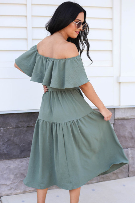 Model wearing Green Off the Shoulder Tiered Midi Dress Back View