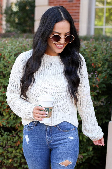 Model wearing Ivory Scalloped Chunky Knit Cropped Sweater