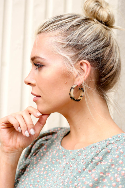 Taupe - Chunky Acrylic Tortoise Hoop Earrings on Model