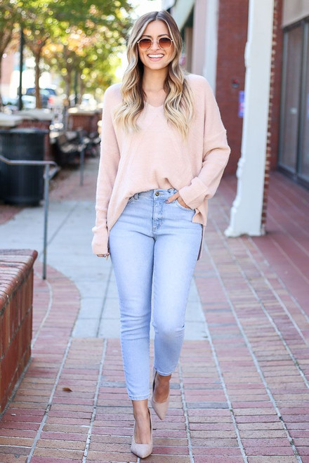 Light Wash - Mid Rise Ankle Skinny Jeans from Dress Up Boutique
