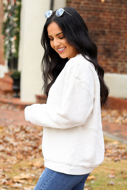 Ivory - Faux Fur Pullover Side View